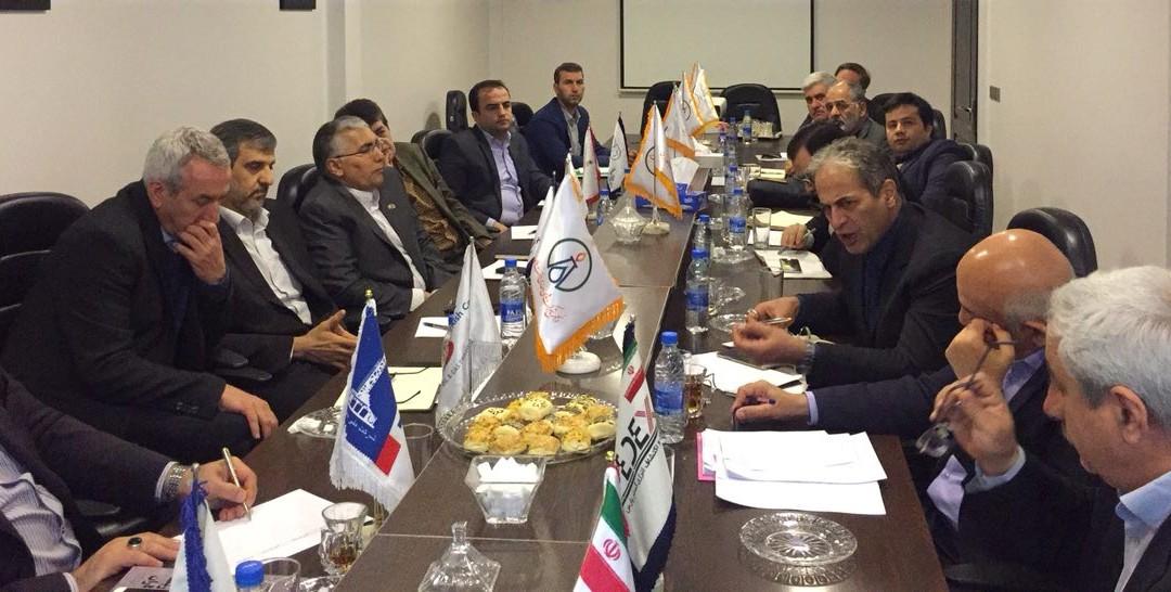 نشست مشترک هیئت مدیره انجمن و مدیران شرکت های عضو